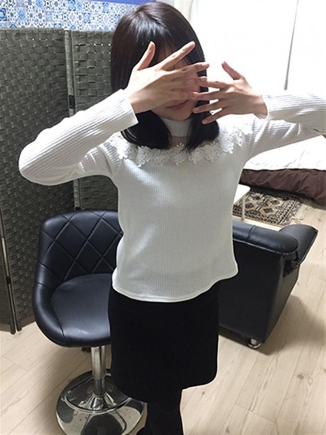 愛嬌抜群の清楚少女☆しおり(いちゃいちゃパラダイス 岡山店)