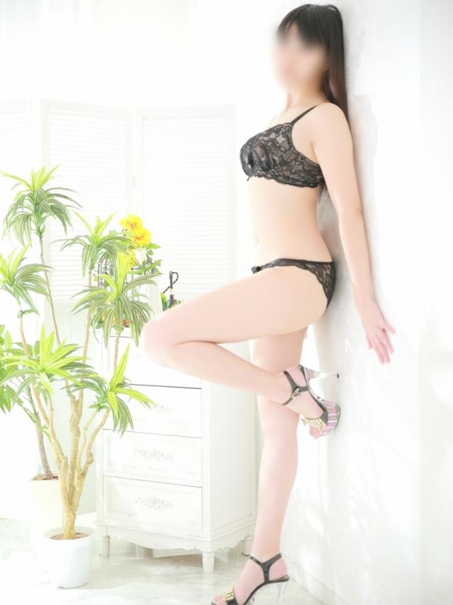 ゆりか 美肌美乳曲線美モデル系(アフロート AFLOAT)