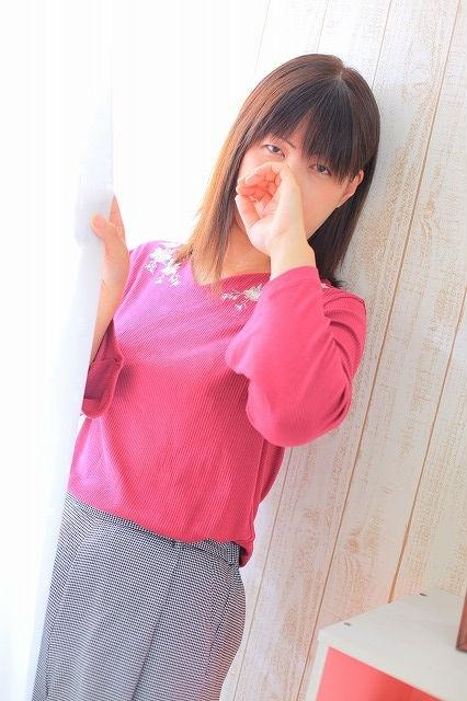 ●かえら27才(大人気・可愛い癒し系)メンデリ・カップル3P・女性OK!(クラブU24H)
