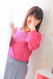 ●かえら27才(大人気・可愛い癒し系)メンデリ・カップル3P・女性OK!