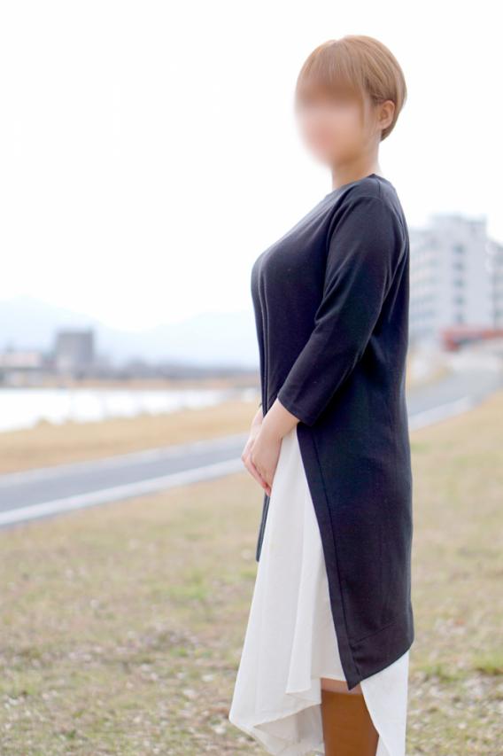 """めぐる(""""素人""""〔山口No.1人妻デリヘル〕セレブスタイル 山口市発)"""