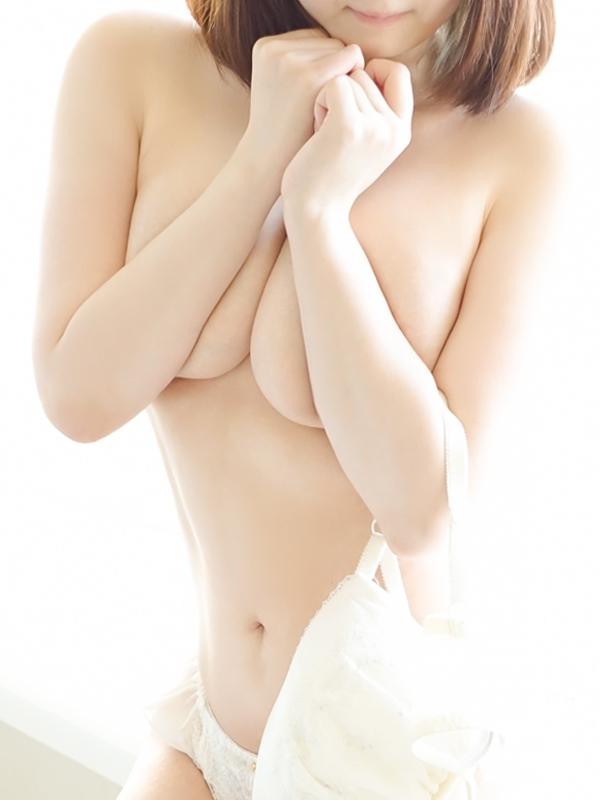 清楚系Hカップ☆優愛(ゆあ)(-Feather-アロマセラピーエステティックサロンフェザー)
