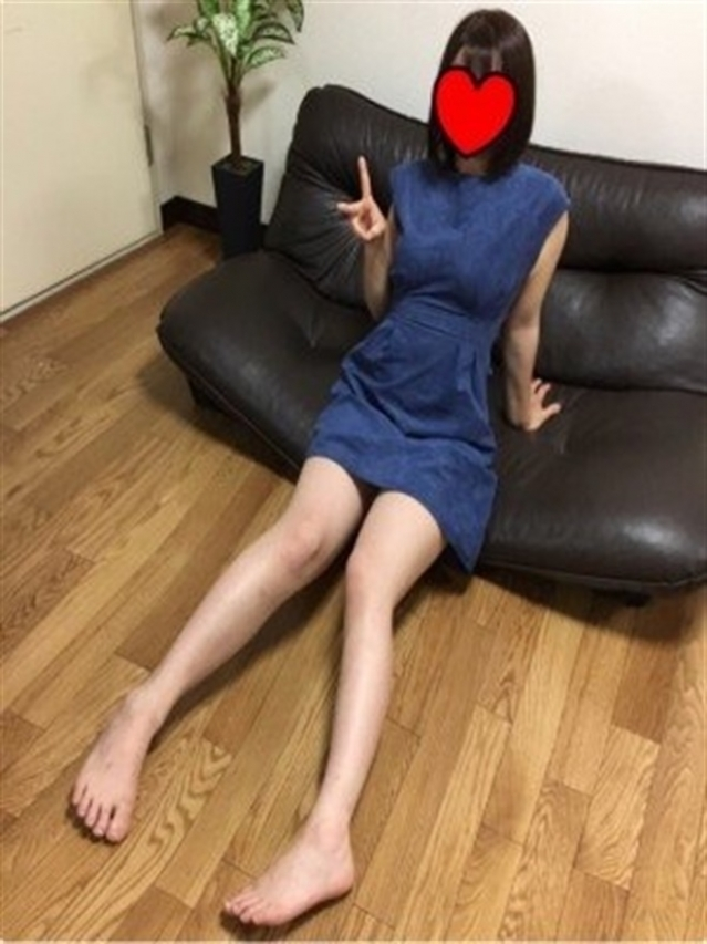 ICHIGO(イチゴ)(『iris -アイリス-』素人専門店☆学生から人妻OL熟女までetc.)