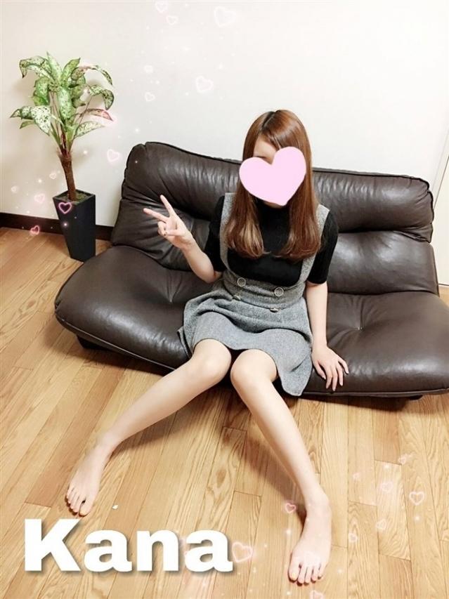 KANA(カナ)(『iris -アイリス-』素人専門店☆学生から人妻OL熟女までetc.)