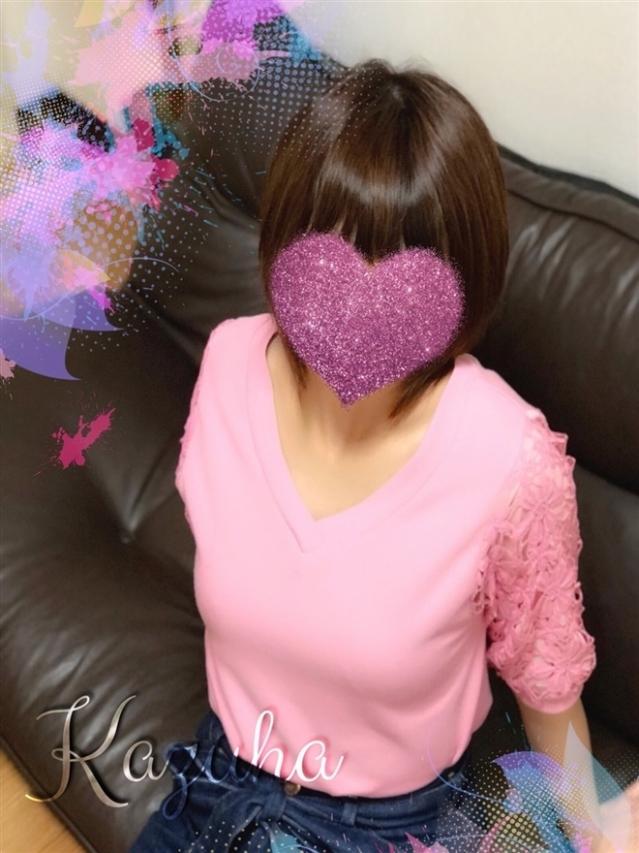 KAZUHA(カズハ)(『iris -アイリス-』素人専門店☆学生から人妻OL熟女までetc.)