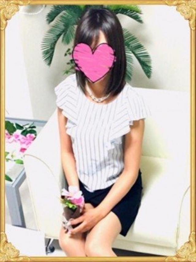 楓(かえで)(『iris -アイリス-』素人専門店☆学生から人妻OL熟女までetc.)