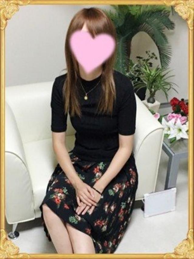 渚(なぎさ)(『iris -アイリス-』素人専門店☆学生から人妻OL熟女までetc.)