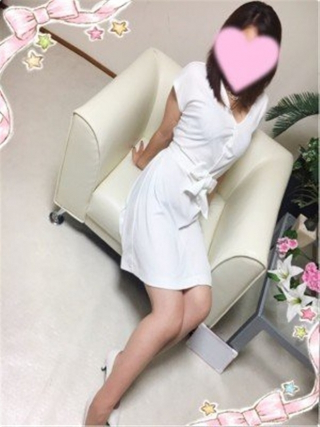 若葉(わかば)(『iris -アイリス-』素人専門店☆学生から人妻OL熟女までetc.)