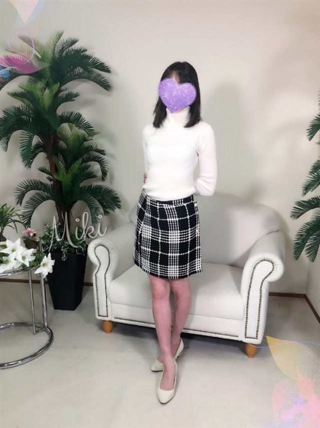 美姫(みき)(『iris -アイリス-』素人専門店☆学生から人妻OL熟女までetc.)
