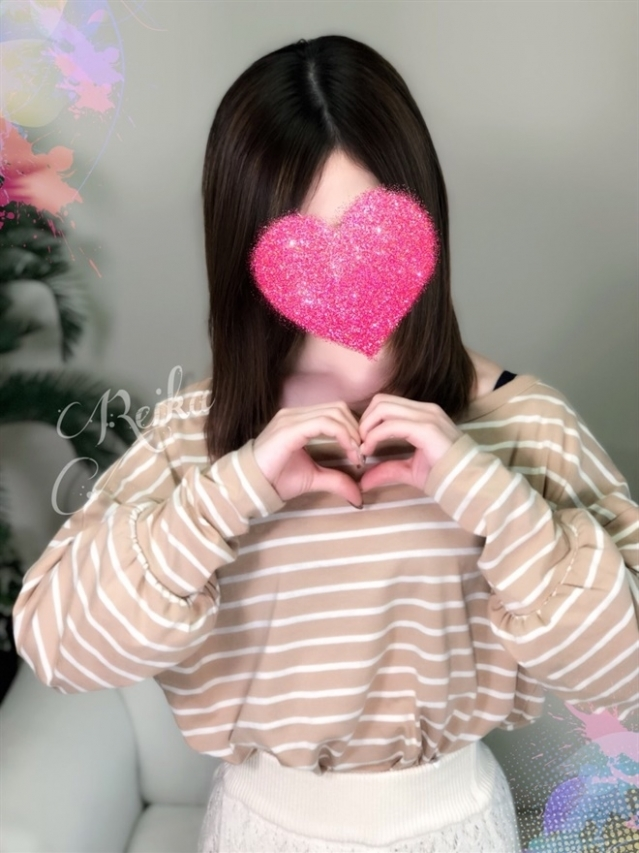 REIKA(レイカ)(『iris -アイリス-』素人専門店☆学生から人妻OL熟女までetc.)