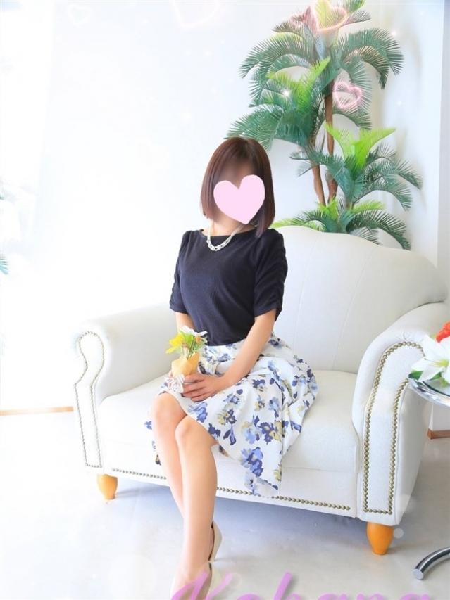 小花(こはな)(『iris -アイリス-』素人専門店☆学生から人妻OL熟女までetc.)