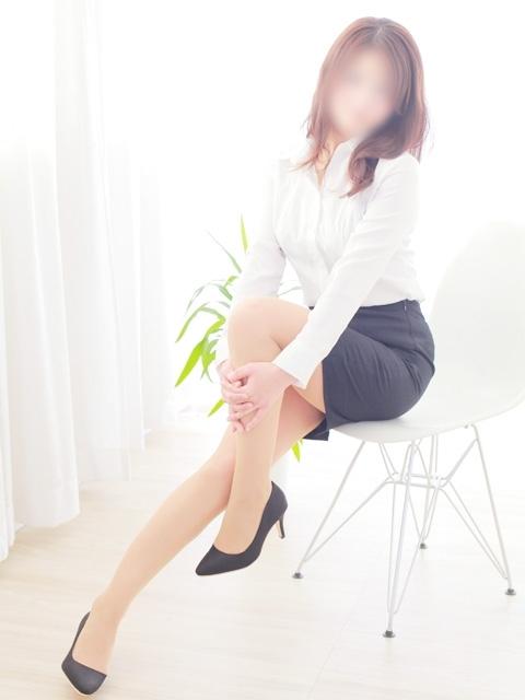 にいな★姉妹店★ホワイトキスミー(熟専マダム-熟女の色香- 岡山店 (ホワイトグループ))