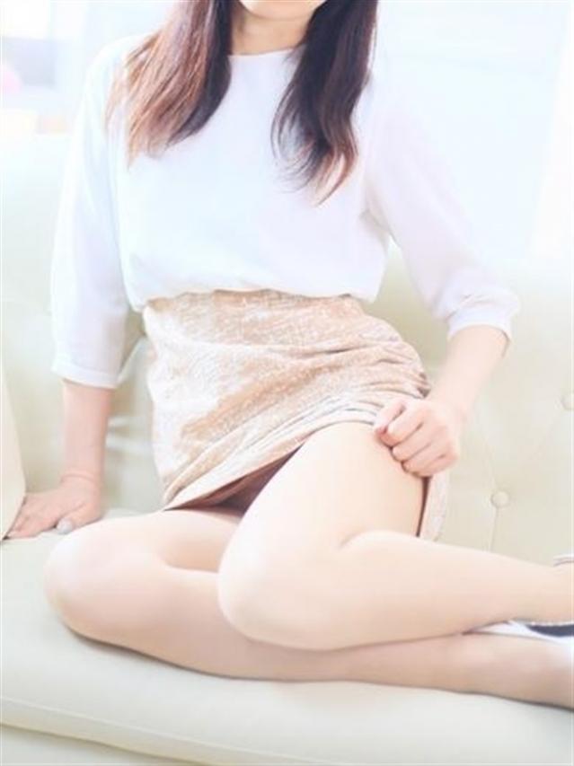 ちとせ★清楚系のルックス♪(熟専マダム-熟女の色香- 岡山店 (ホワイトグループ))
