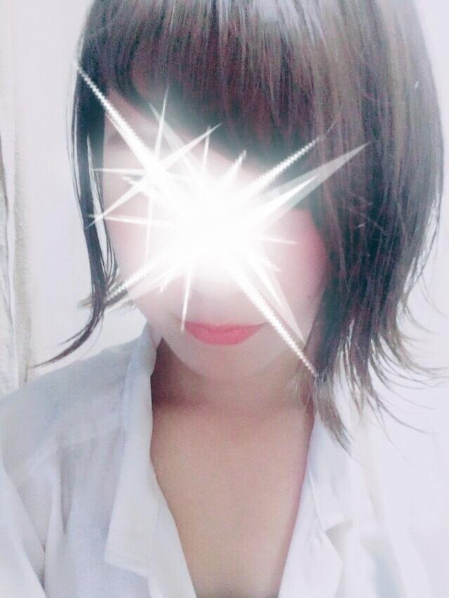 なな(18-清楚系アイドル娘)(美少女・素人専門店 めちゃめちゃイケデリ)