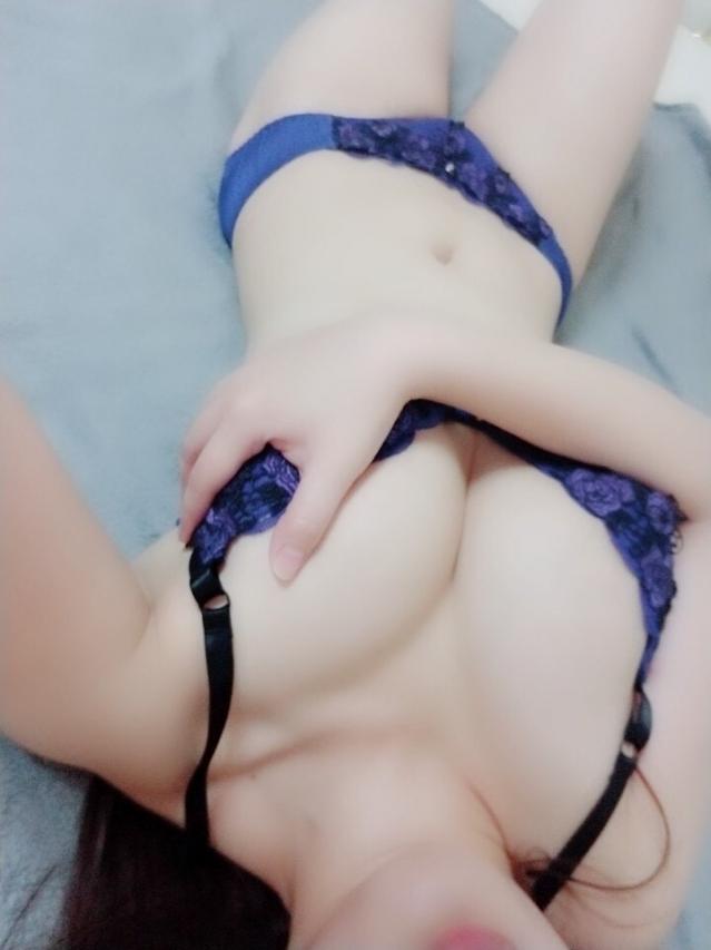 エロボディーしの(美少女・素人専門店 めちゃめちゃイケデリ)