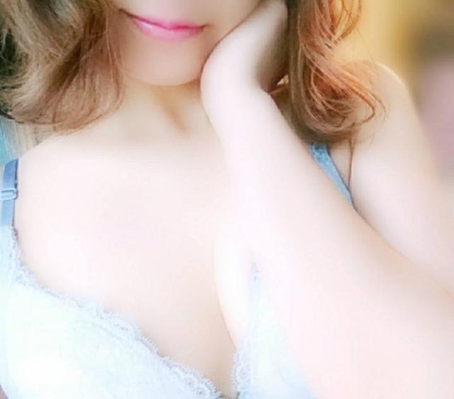 白保-しほ-(淫らなオンナ性体師…そして曖昧なひと時(本格派オイル性感マッサージ))