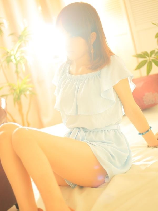 ふわり★未経験・美巨乳(フルフル☆60分10,000円☆(RUSH ラッシュグループ))