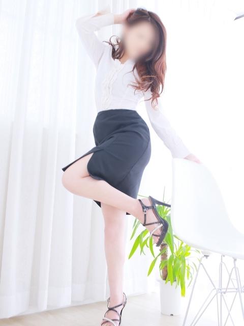 しずか★完全未経験の美人顔♪(white Kiss me 岡山店 (ホワイトグループ))