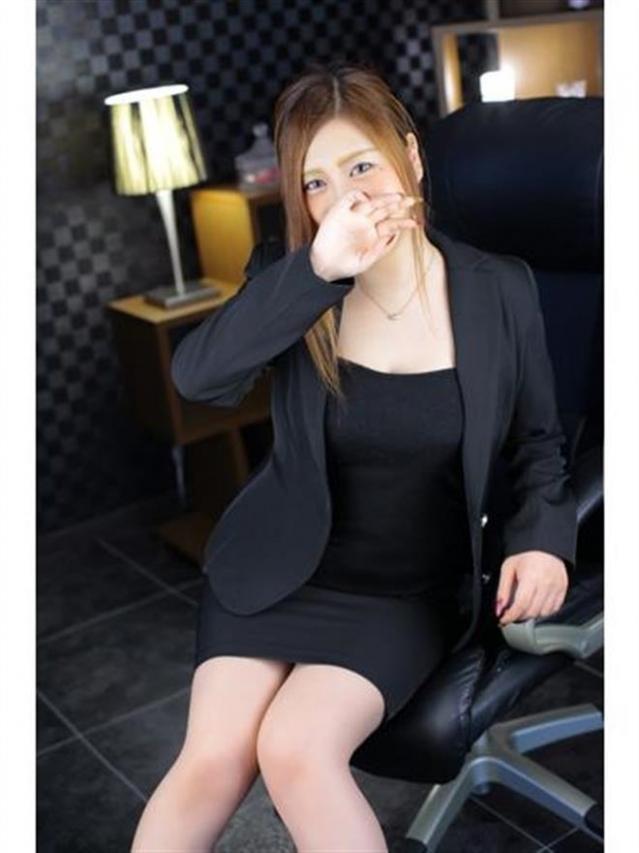 上杉 紗香(岡山若妻OL)