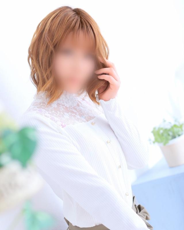 体験☆初音 感動歓喜に湧く極上若妻(ファンタジー 岡山店)