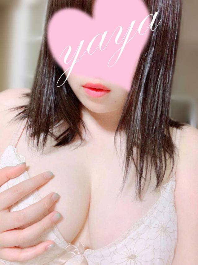 やや 美爆乳Hカップ女子大生☆性欲がヤバい爆乳豊満娘