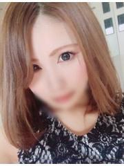 セナ(ハーフ系美女)