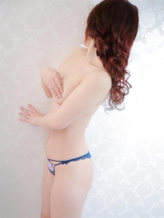 椎名(しいな)(ルネッサンス別館)
