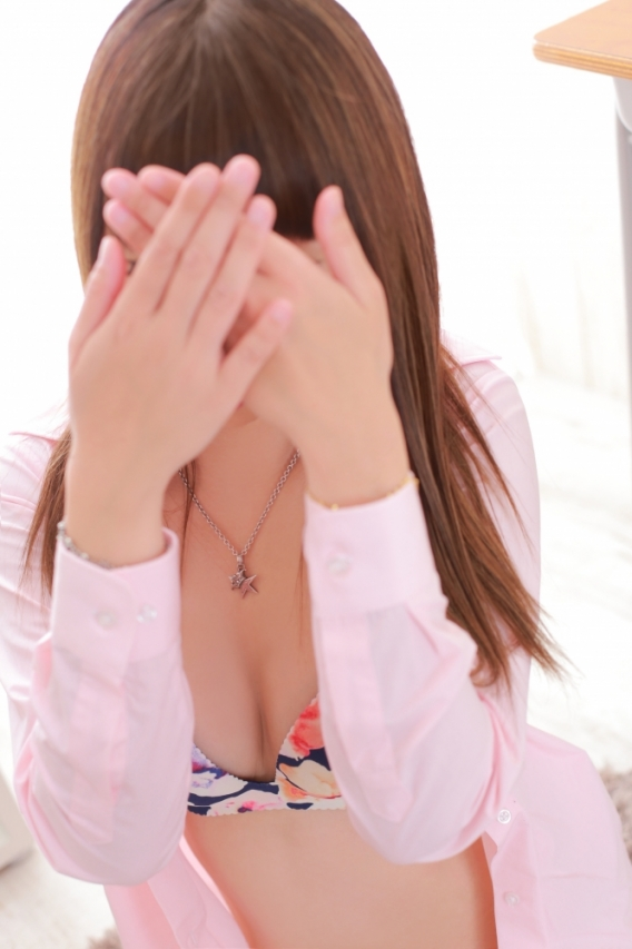 りん◆完璧モデル系美女◆潮吹き♪