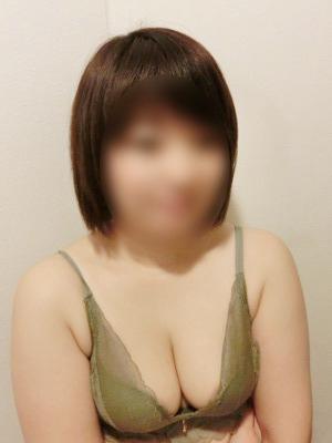 まりな(姫路ぽっちゃり巨乳爆乳専門店紅いうさぎ)