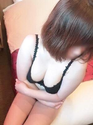 澪(みお)(神戸初!!ドM妻専門DOUCE )