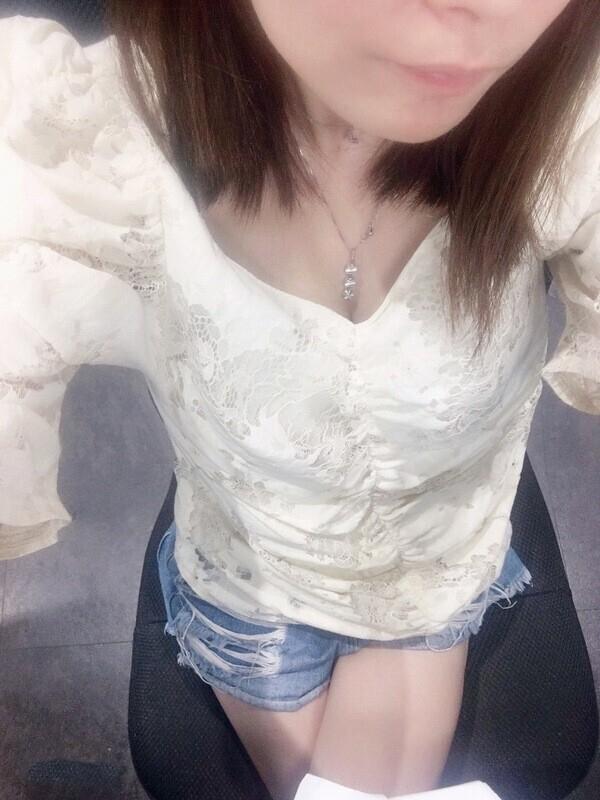 あかり(癒すカラダのお嬢様)(姫路激安デリヘル)