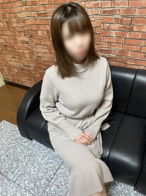 未波(ミニスカOLクラブ)