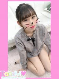 ひな(19歳緊急体験入店)