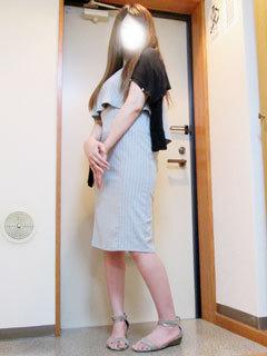 りり (甘い人妻)
