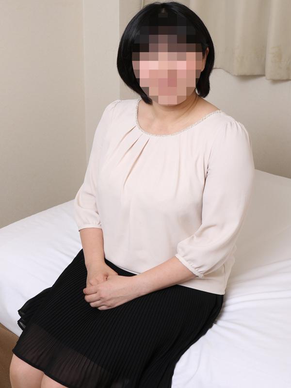 岬(もう夫には恋はできない)