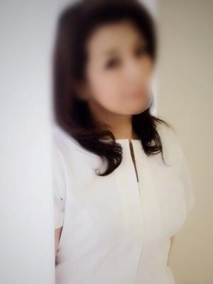 青山(ミセスハンドセラピー)