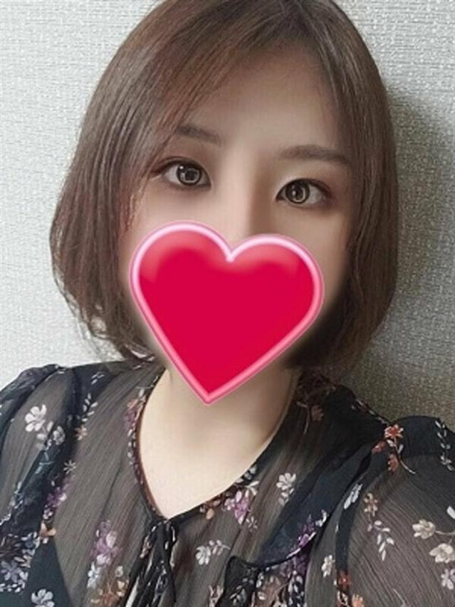 かほ(厚木最安値宣言!激安3900円ヘルス!ぽちゃカワ女子専門店)