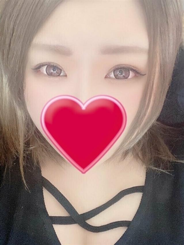 ゆあ(厚木最安値宣言!激安3900円ヘルス!ぽちゃカワ女子専門店)