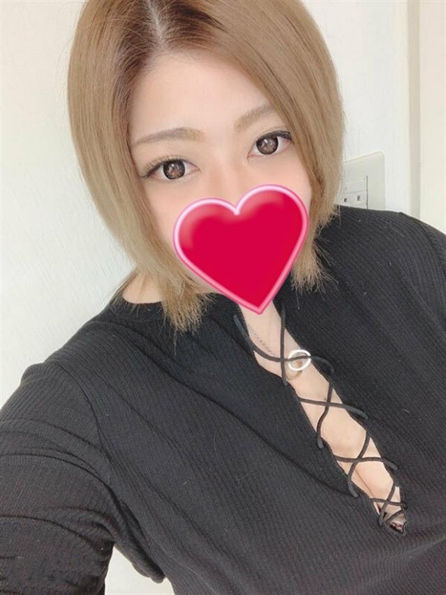 こずえ(厚木最安値宣言!激安3900円ヘルス!ぽちゃカワ女子専門店)