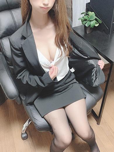 真衣(まい)(オールオプション無料!美人OLの秘密の裏接待)