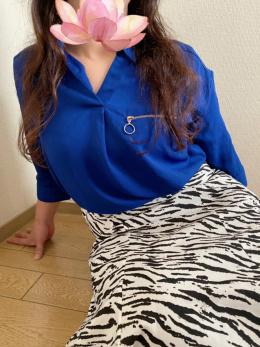 香川県デリヘル素人美人人妻専門店 ブルーローズ