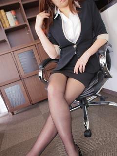 涼香 秘書