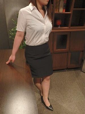 絵美 秘書