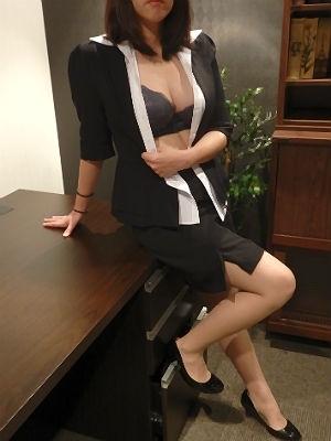 まゆみ 秘書