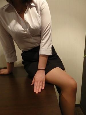 季里(きり) 秘書