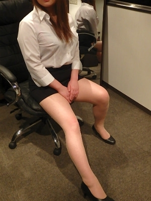リン 秘書