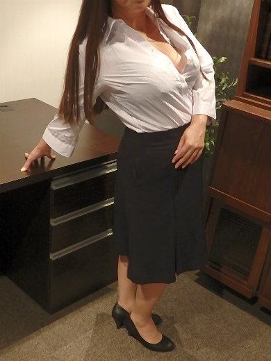 弥生 秘書