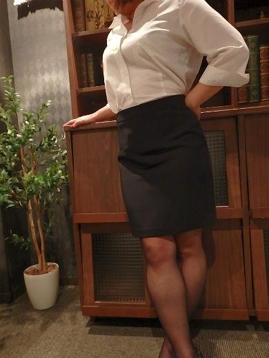 ななえ 秘書(クラブ秘書)