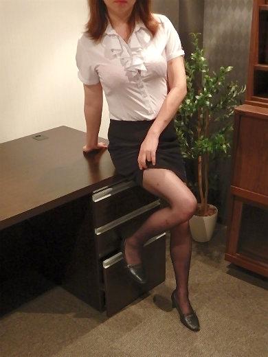 なほ 秘書(クラブ秘書)