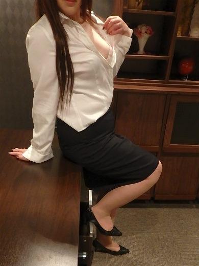 モナ 秘書(クラブ秘書)